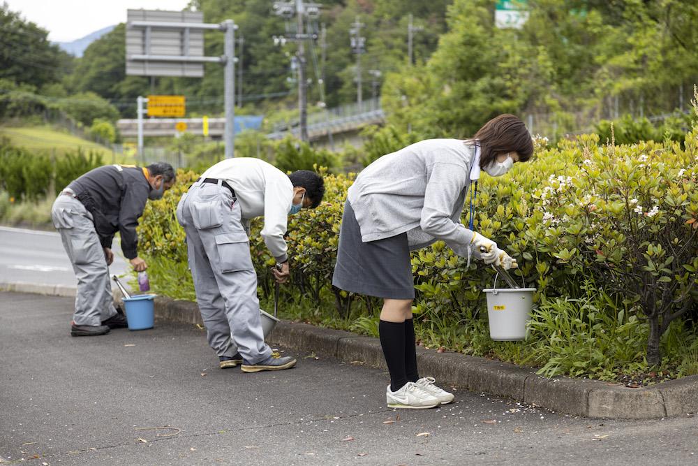 地域社会貢献活動:清掃活動